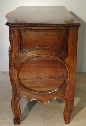 Furniture  - French Provencal Chest of drawer Louis XV - 18 th century
