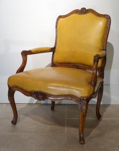 Louis XV Armchair 18th Century - Seating Style Louis XV
