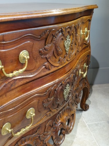 French18th Century Provencal Commode - Furniture Style Louis XV