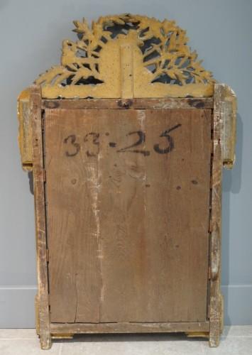18th century - French Louis XVI  giltwood Mirror