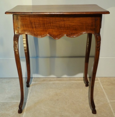 French Louis XV Walnut Table - Furniture Style Louis XV