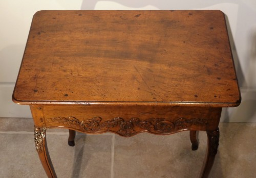 Antiquités - French Louis XV Walnut Table