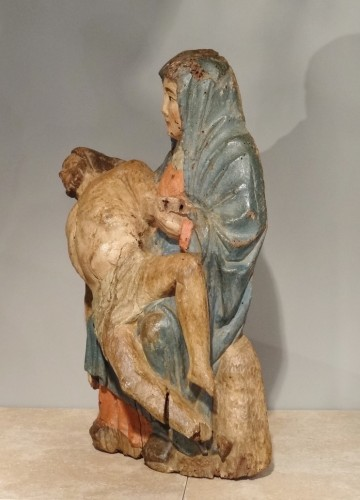 Sculpture  - Pieta in carved and polychrome wood 15th century