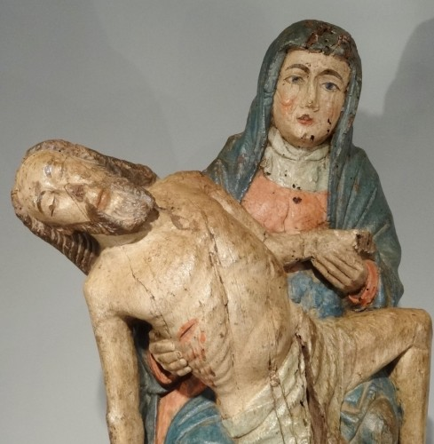 16th century - Pieta in carved and polychrome wood 15th century