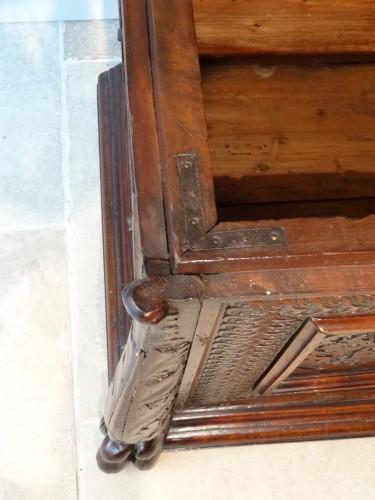 Italian Coffre / Cassone Florentine In Walnut 16th Century -