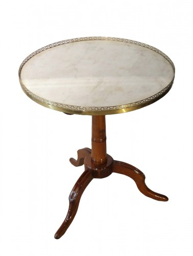 French Louis XVI Pedestal table in Mahogany
