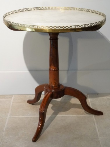 French Louis XVI Pedestal table in Mahogany - Furniture Style Louis XVI