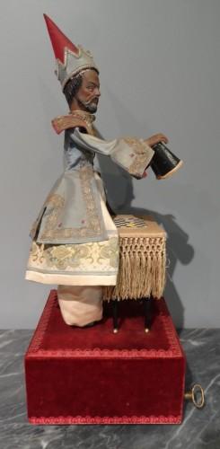 "French automaton ""the Magician Turk"" - Maison Farkascirca 1970 -"