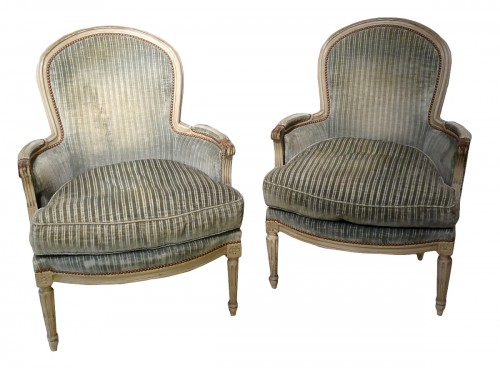 "Pair of ""cabriolet"" wing chairs Louis XVI"