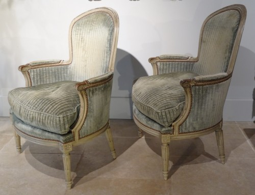 "18th century - Pair of ""cabriolet"" wing chairs Louis XVI"