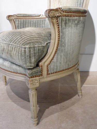 "Louis XVI - Pair of ""cabriolet"" wing chairs Louis XVI"