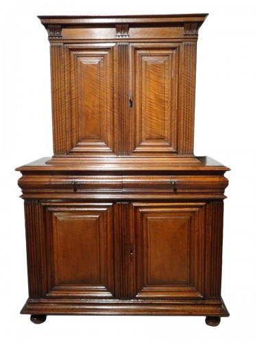 Sideboard / Cabinet Renaissance Walnut Period Late 16th Century