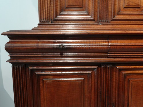 Sideboard / Cabinet Renaissance Walnut Period Late 16th Century - Renaissance
