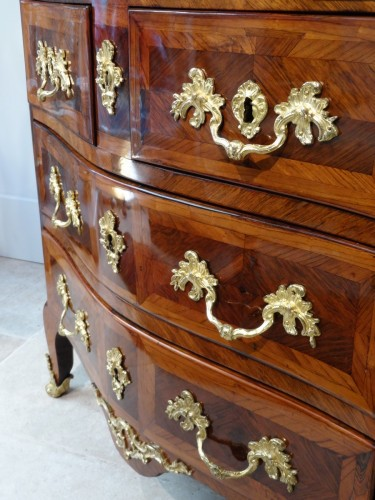 18th century - Small Louis XV Commode Stamped