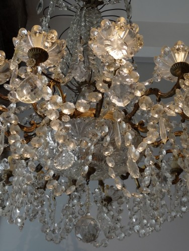 French chandelier crystal and bronze 19th Century -