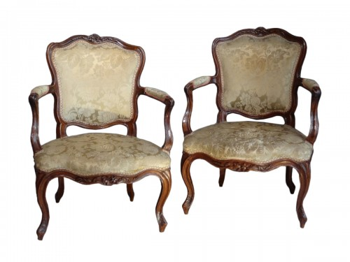 French Provincial (Lyon) pair of Louis XV Fauteuils