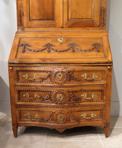 Antiquités - French Louis XVI Commode-scriban from Provence