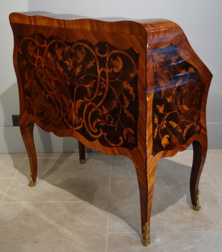 French provincial Bureau dos d'âne - Furniture Style Louis XV