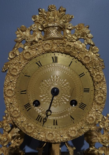 Antiquités - French Directoire clock in gilded bronze, early 19th century