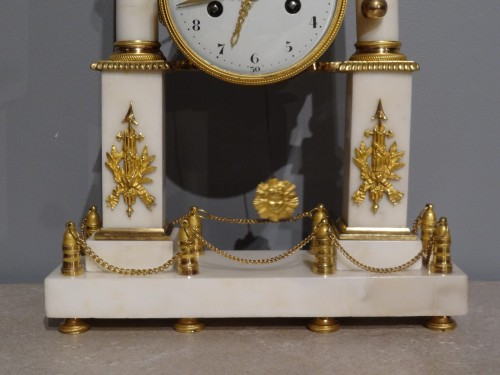 Early 19th century marble and bronze mantel clock - Directoire