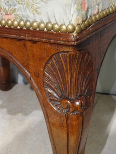 Early 18th century walnut stool -