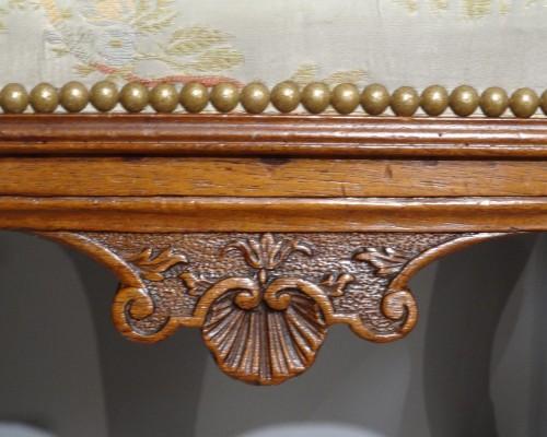 18th century - Early 18th century walnut stool