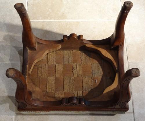 French Regence - Early 18th century walnut stool