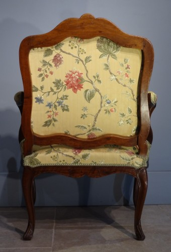 French Louis XV armchair - Louis XV