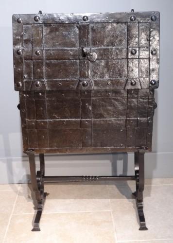 "Wrought Iron Chest ""coffre De Marine"" 17th Century - Louis XIV"