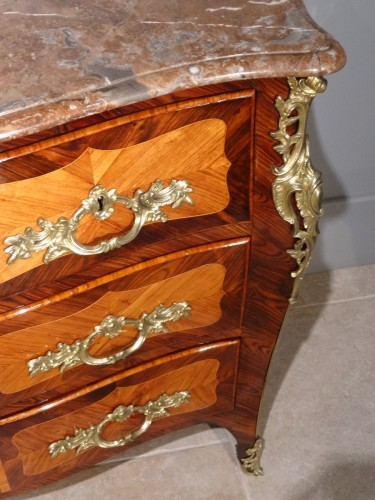 Louis XV - Commode Louis XV estampillée « Pierre ROUSSEL » d'époque XVIIIe