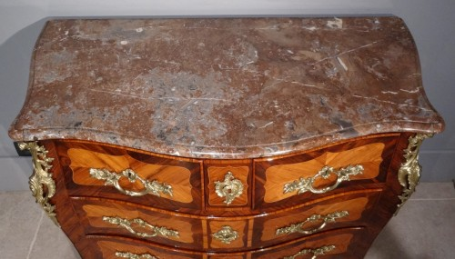 "Antiquités - French parisian Louis XV commode stamped ""Pierre ROUSSEL"" 18th century"