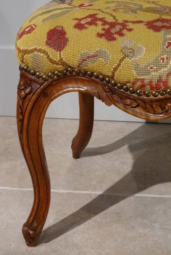 French pair of Louis XV chairs, attributed to Pierre Nogaret - Louis XV