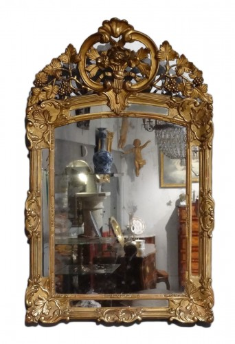 Early18th Century Giltwood Mirror