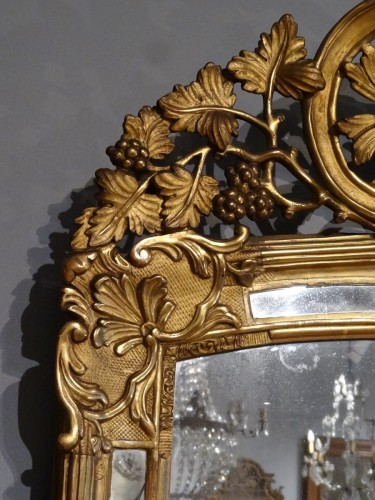 Mirrors, Trumeau  - Early18th Century Giltwood Mirror