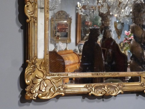 18th century - Early18th Century Giltwood Mirror