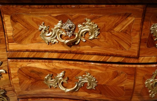 Furniture  - Louis XV commode stamped L. N. MALLE