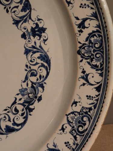 Porcelain & Faience  - Large Dish In Rouen Earthenware, Early 18th Century