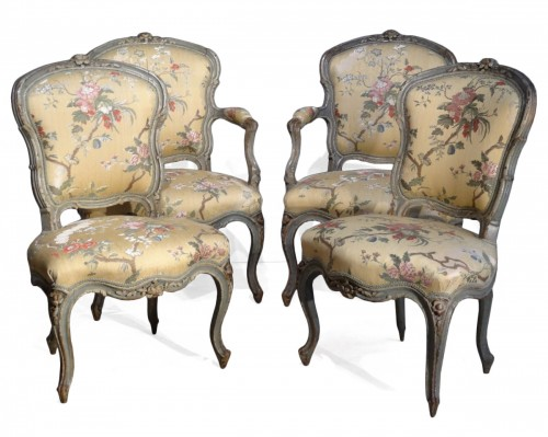 Louis XV armchairs and chairs