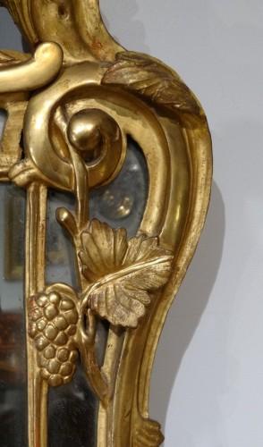 Louis XV - Louis XV giltwood mirror