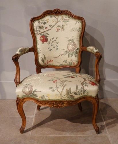 Four french armchairs Louis XV, 18th century - Seating Style Louis XV