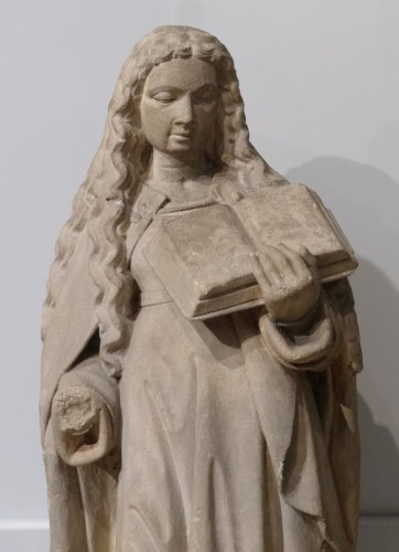 Sculpture  - Holy carved stone, Burgundy, 15th century