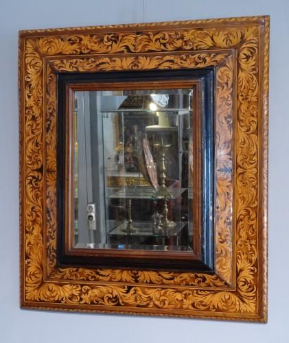 French Louis XIV mirror, attributed to Thomas Hache, circa 1720 - Mirrors, Trumeau Style Louis XIV