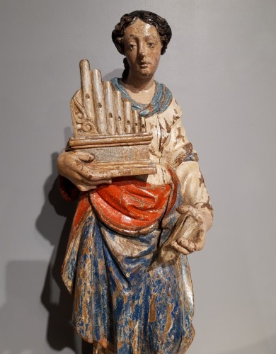 Saint Cecile In Carved painted Wood, 17th Century - Sculpture Style Louis XIV