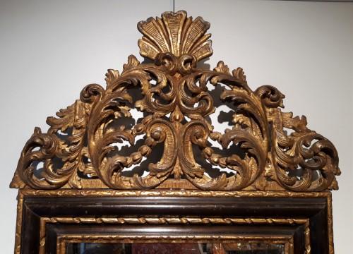 Mirrors, Trumeau  - Italian mirror in gilt wood 17th century