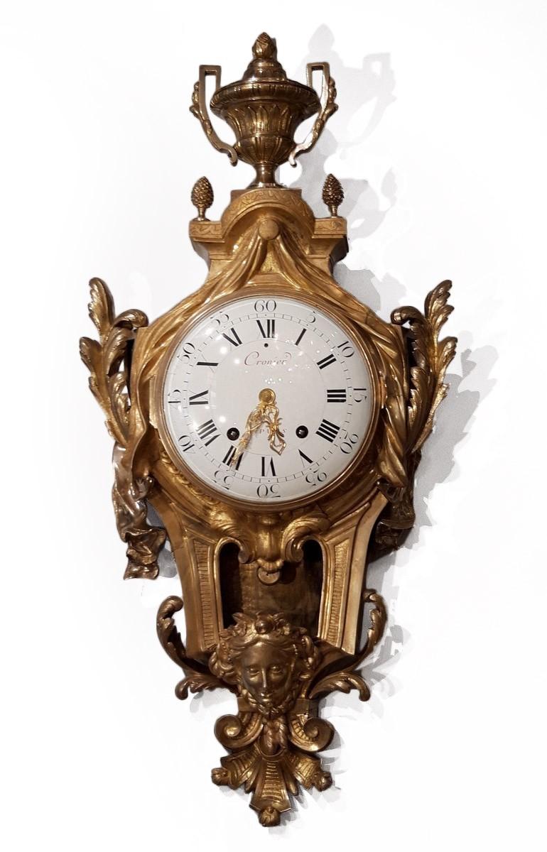 style populaire prix de la rue femme Cartel d'applique Louis XVI signé de l'horloger