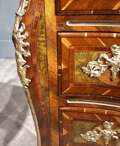 French Regence - Exceptional Dresser Regency Dauphiné early 18th century