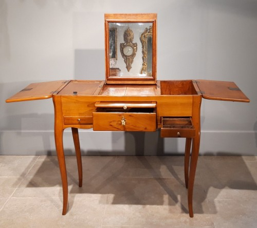 French dressing table stamp Jean-François HACHE, 18th century - Furniture Style Louis XV