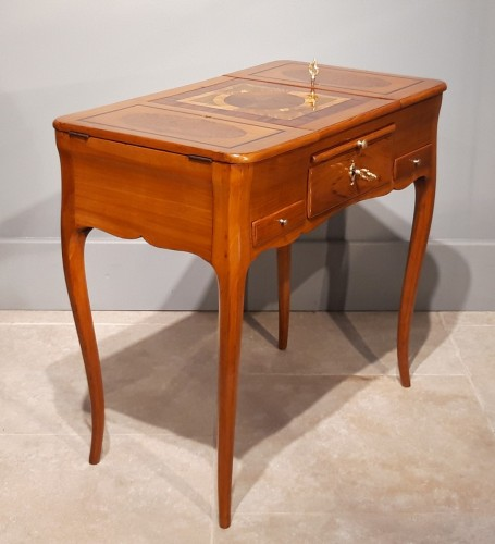 Furniture  - French dressing table stamp Jean-François HACHE, 18th century
