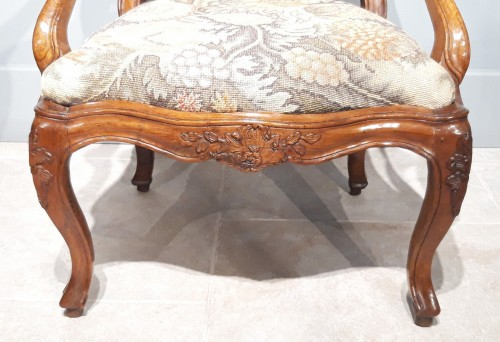 "18th century - Italian armchair ""chassis"", 18th century"