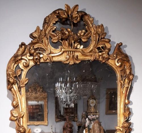 French Louis XV Mirror, Gild Wood, 18th Century - Mirrors, Trumeau Style Louis XV